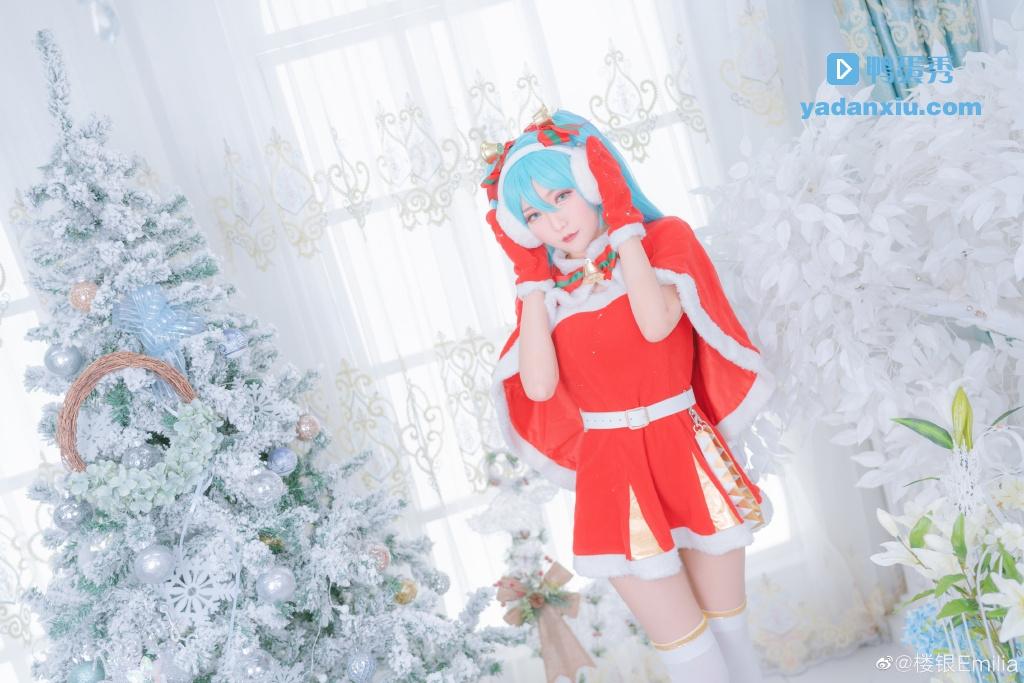 萌萌的冬日版圣诞老人