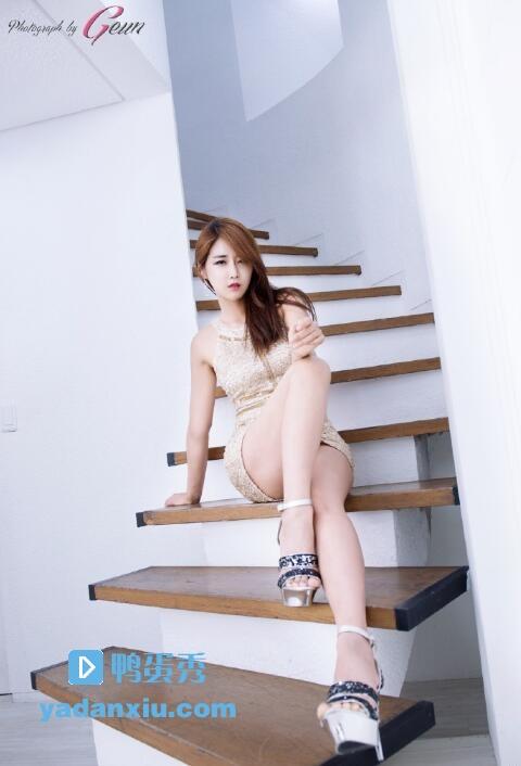 柳多妍照片