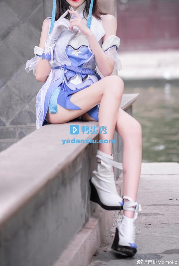 南桃Momoko写真照