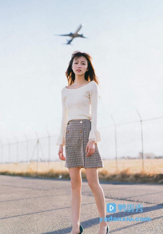 冈崎纱绘照片