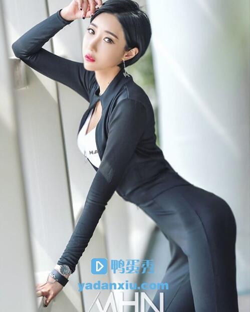 柳智雅模特